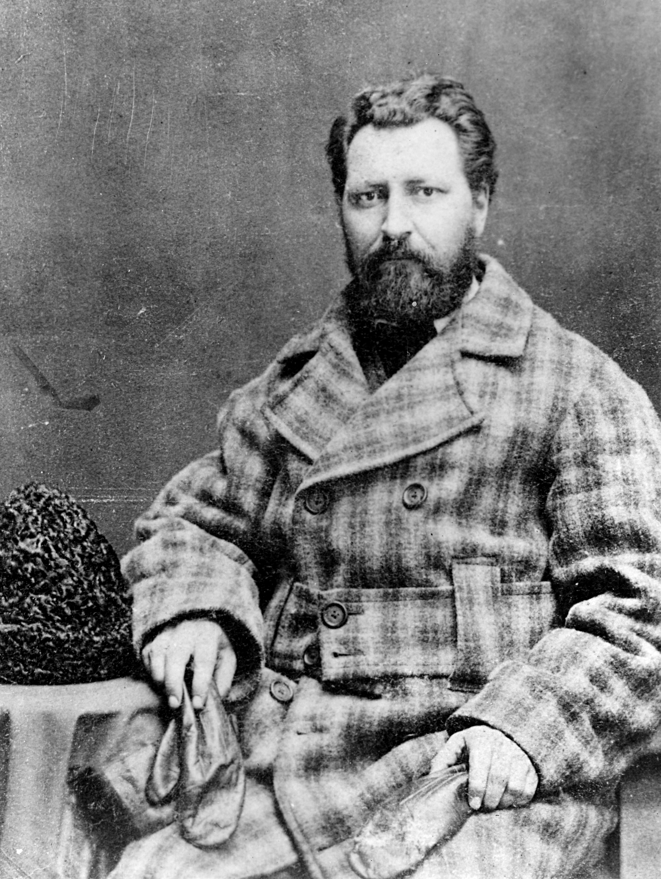 a short biography of louis riel a leader of the metis The collected writings of louis riel / les ecrits complets de louis riel,  leader's life  draft their own biography of louis riel and arrive.